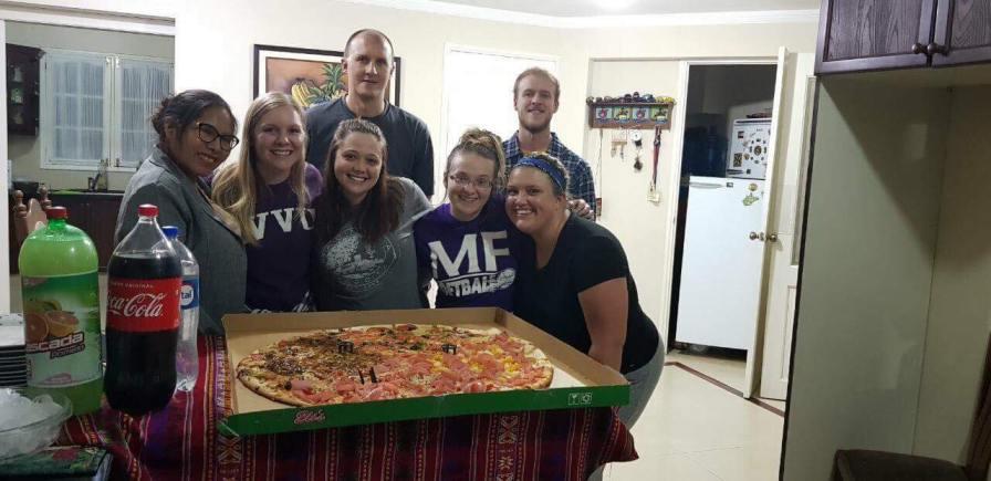 1-meter pizza